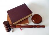 Õigusrobotid võtavad  lihtsama juristitöö üle