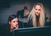 Uuring: Eesti naiste palgaootus jääb meestele 300 euroga alla