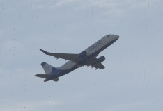 USA president tühistas mitmeid reisikeelde