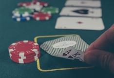 Algab väikeprojektide taotlusvoor hasartmängusõltuvusega inimeste abistamiseks