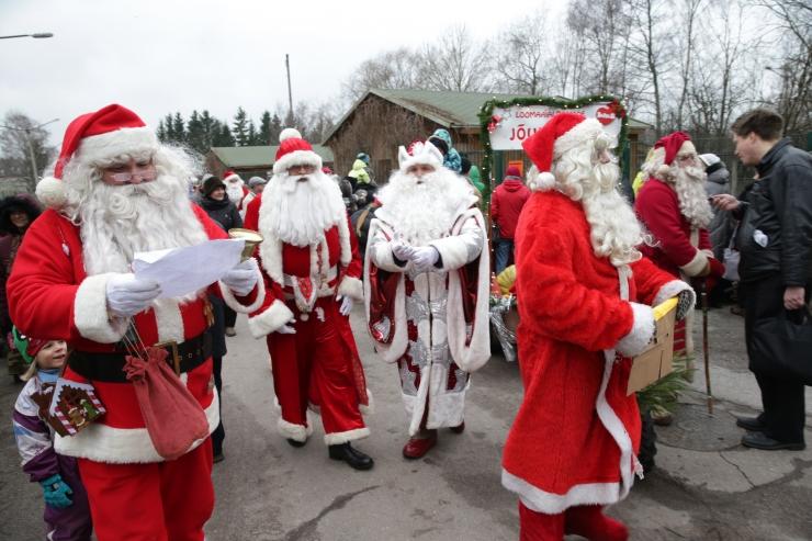 Jõuluvanad kogunevad traditsioonilisele jõulueelsele konverentsile