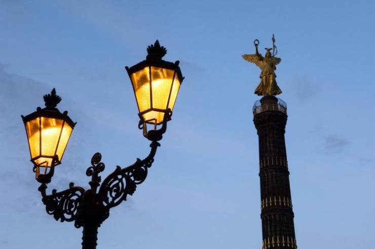 Saksamaa Juisti saar hakkab oma tänavaid valgustama tuuleenergiaga töötavate tänavalampidega