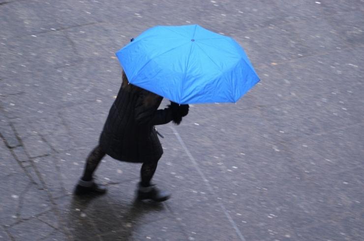 Ilmateenistus andis enamikule Eestist tormihoiatuse