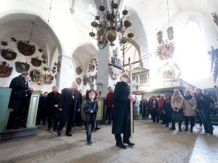 Eksperdid asuvad röntgeniga uurima Toomkiriku altariseina
