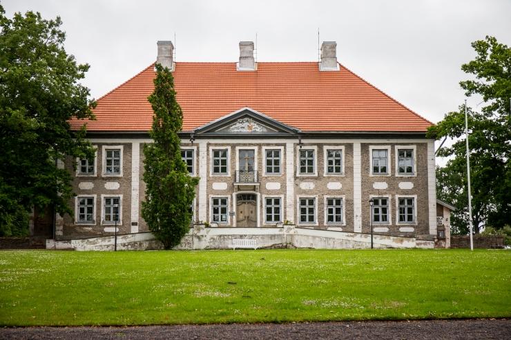 Eesti mõisate heategevuslik kontserdisari lõpeb Hummulis