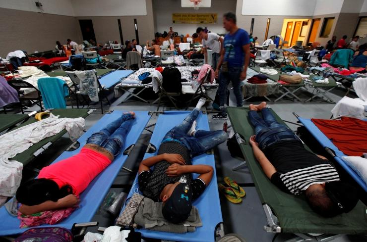 USA kärbib vastu võetavate põgenike hulka