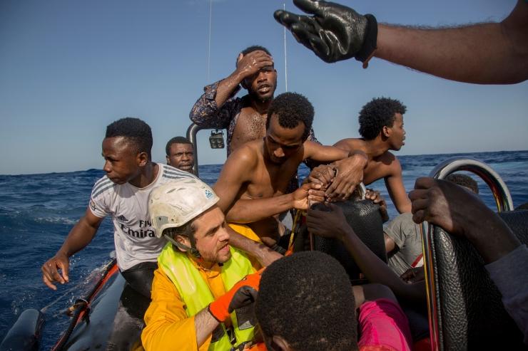 Moslemite osakaal Euroopas kasvab kiirelt ka rände lõppemise korral