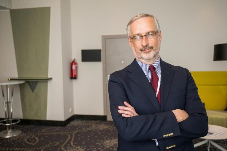 Vilde muuseumis toimub kohtumisõhtu kirjaniku, diplomaadi ja poliitiku Jaak Jõerüüdiga