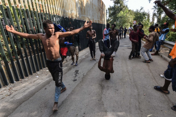 Hispaania saatis Ceutasse tunginud migrandid Marokosse tagasi