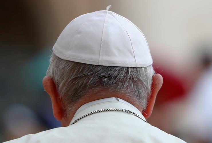 Paavsti ja noorte kohtumisel Kaarli kirikus osaleb ligi 1500 inimest