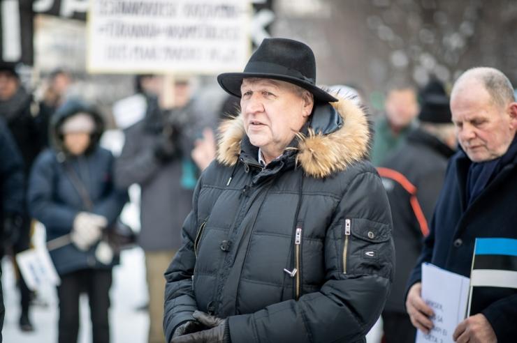 Eesti noored protestivad Hollandis EKRE võimuletuleku vastu