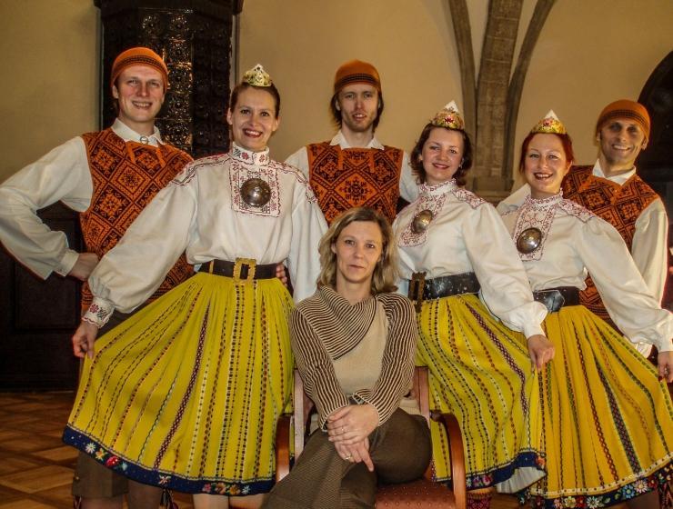 Kolmveerandsajandi vanune tantsuansambel vallutab Vabalava