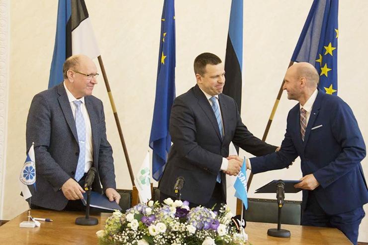 Värske koalitsioonileping lubab paremat arstiabi, turvalisemat e-hääletust ja jõukamat Eestit