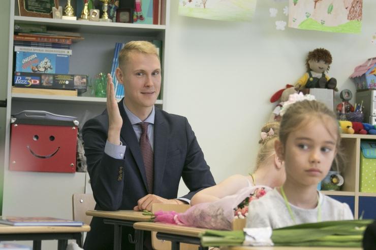 Kaljulaid: ma ei toeta Reformierakonna vene koolide teemalist eelnõu