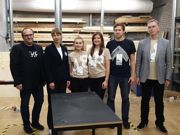 VIDEO! President külastas Garage48 Future of Wood arendusnädalavahetust