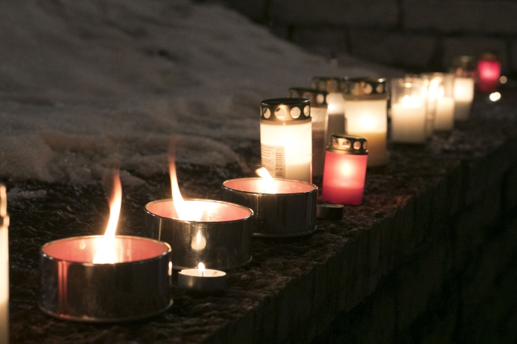 Päästjad manitsevad: hingedepäeva küünlaid ei tohi jätta järelevalveta