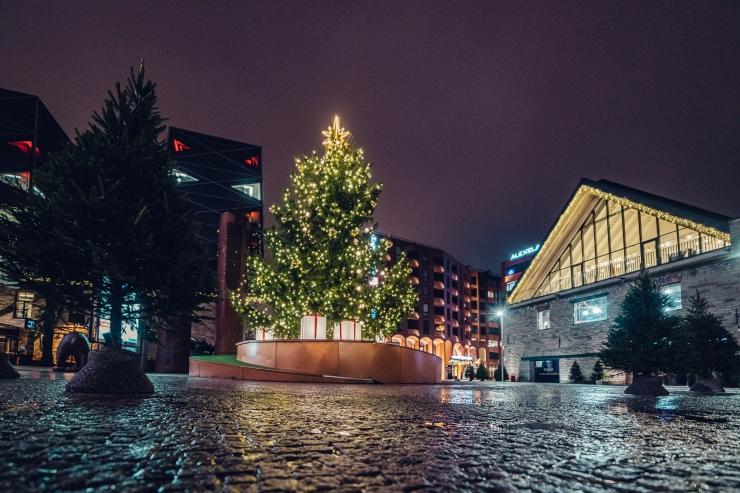 Tallinna Rotermanni kvartal on pühadeks ehitud