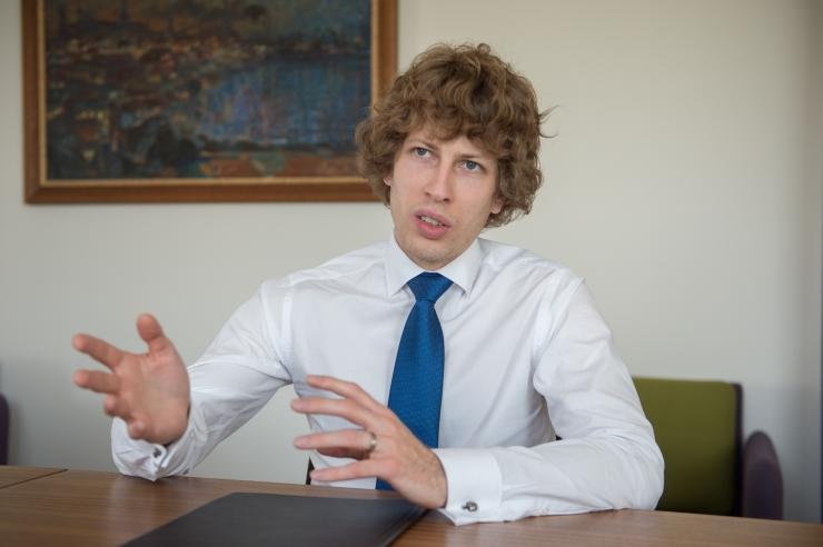 VIDEO! Sotsiaalminister raviks hoolekande rahapuudust uue maksuga