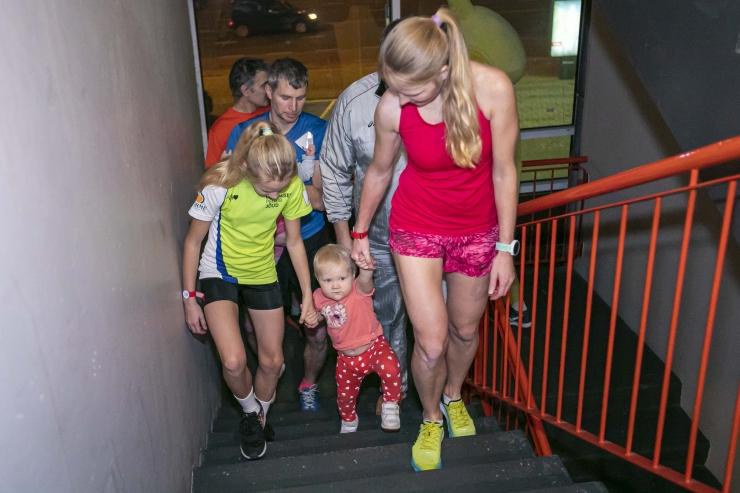 FOTOD JA VIDEO! Jooksuhuvilised vallutasid Olümpia hotelli trepid!