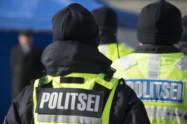 Saaremaal märtsi alguses autolt löögi saanud naine suri
