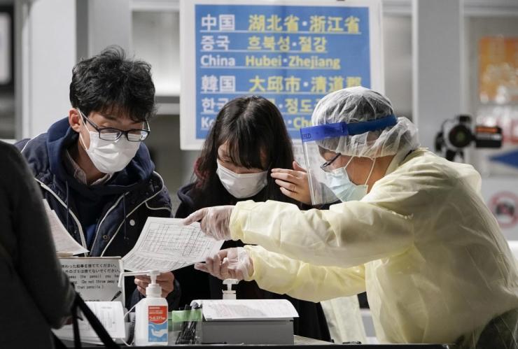 """WHO: maskide kandmine ei ole """"hõbekuul"""" pandeemia lõpetamiseks"""