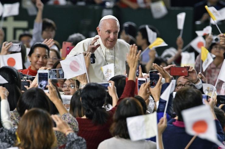 Paavst: ülestõusmispühad pakuvad hirmust hoolimata lootust