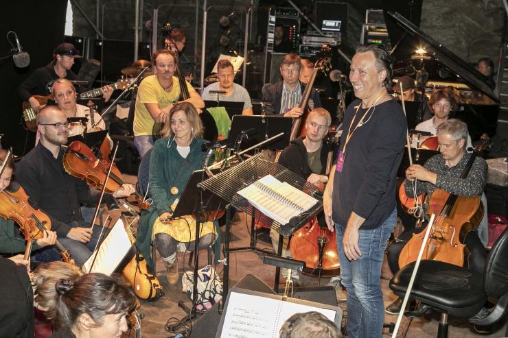ERSO aitas muusikaakadeemia noordirigentidel tuult tiibadesse saada