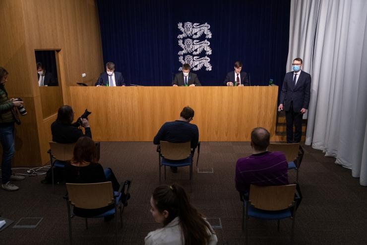 VAATA OTSE SIIT KELL 12: Peaminister räägib koroonaviiruse levikust Eestis