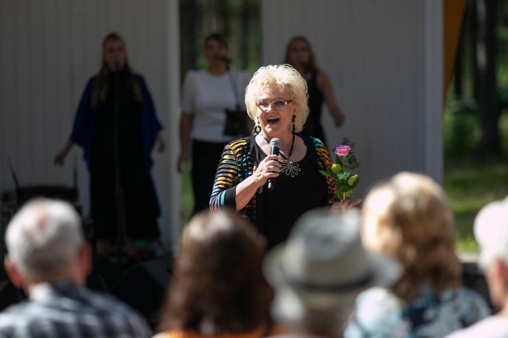 FOTOD! Taasiseseisvumispäeval tantsutas muusikasõpru Anne Veski