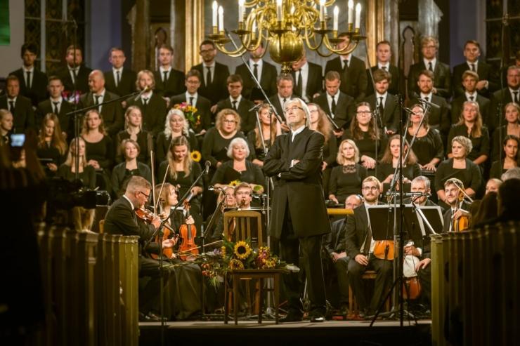"""Novembrist jõuab kontserdisaali kaks tähtteost: Mozarti """"Requiem"""" ja Beehoveni """"Missa solemnis"""""""