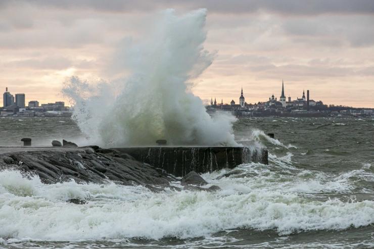 Päästeamet hoiatab läheneva tormi eest