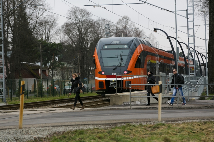 Hiiu raudtee ülesõit läbib uuenduskuuri