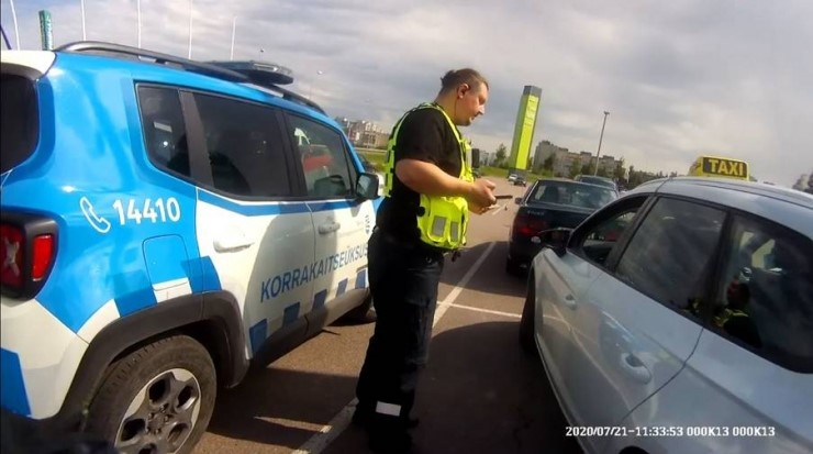 VIDEO! EESTI KEELE VIIMNE KANTS: Mupo ja keeleamet võitlevad Tallinnas õlg õla kõrval, et taksojuhid riigikeelt oskaksid