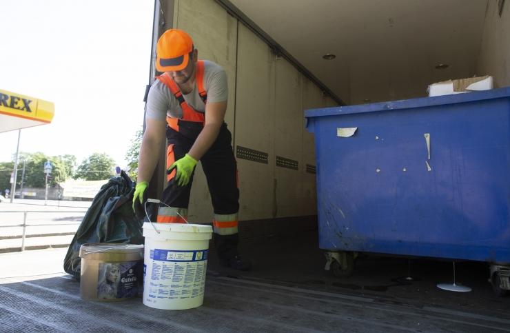 Pühapäeval toimub Lasnamäel ohtlike jäätmete kogumisreid