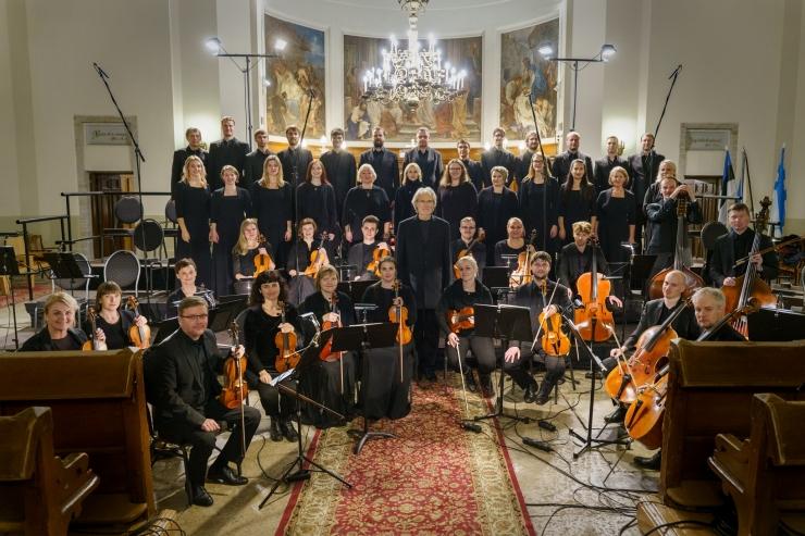 Tõnu Kaljuste juhatab jõulukontserti Tallinna Jaani kirikus
