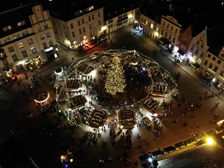 Nädalavahetus Tallinnas: tasuta kontserdid, jõulutivoli ja maitserännakud!