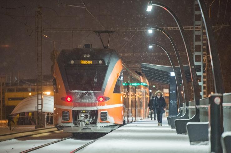 VIDEO! Pikemad rongisõidud Tallinnast väljapoole on kahanenud