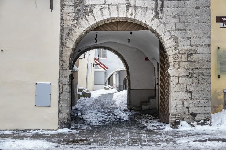 VIDEO JA FOTOD! Vanalinnas on taas avatud Pikka ja Laia tänavat ühendav Börsi käik