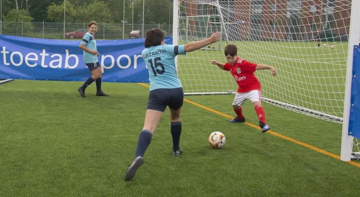 Tallinna 53. Keskkool saab uue moodsa spordiväljaku