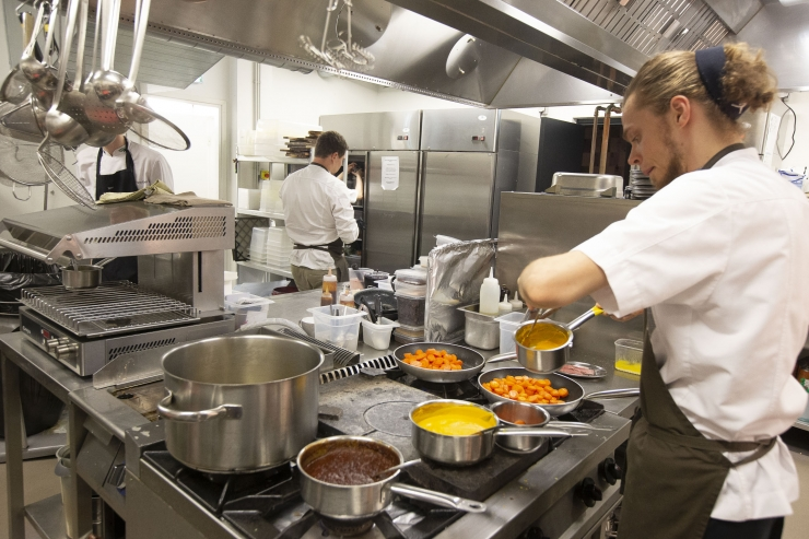Tallinna söögikohti hoiab elus püsiklientuur ning kaasamüük