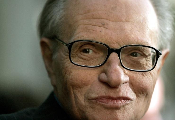 Suri USA tele- ja raadioajakirjanik Larry King