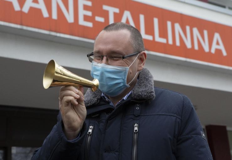 PILDID! Arkadi Popov sai kätte pressisõbra ruupori