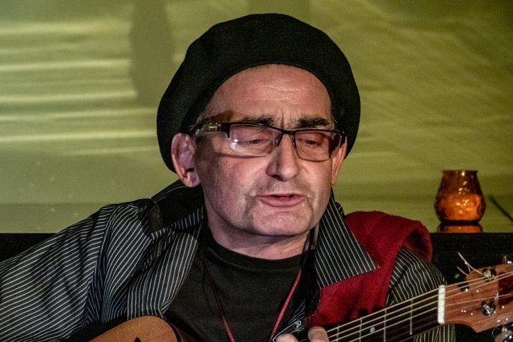 Suri muusik ja näitleja Jaak Johanson
