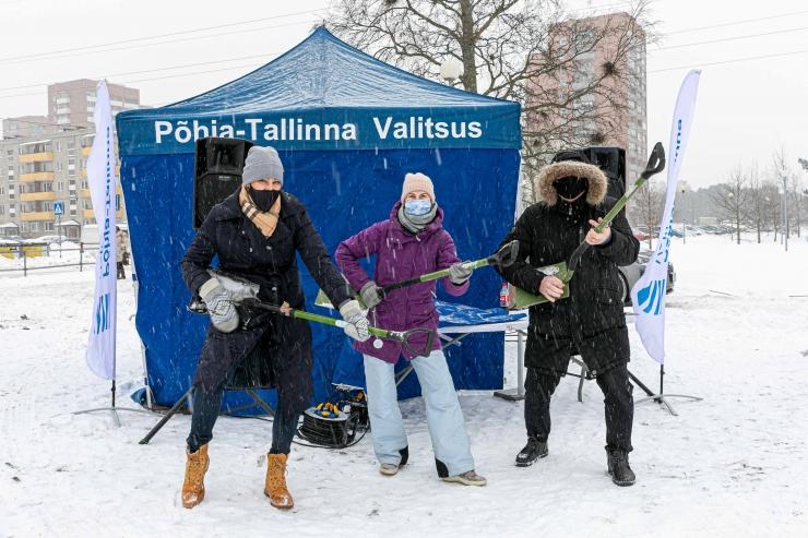 GALERII! Põhja-Tallinnas ehitati lumelinna