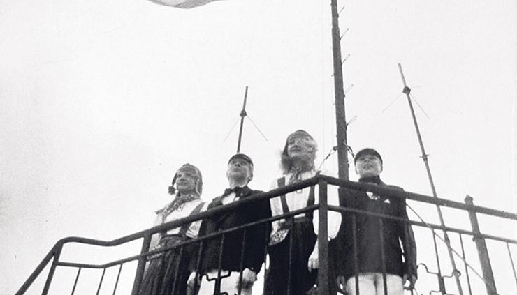 Eesti lipp kerkis Pika Hermanni torni juba päev pärast riigi sündi