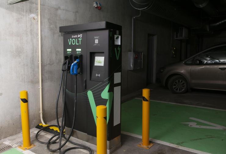 Uutele hoonetele peab paigaldama elektriautode laadimistaristu