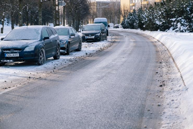 Libedus tõi Tallinna traumapunktidesse kuni 15 tunnised ootejärjekorrad