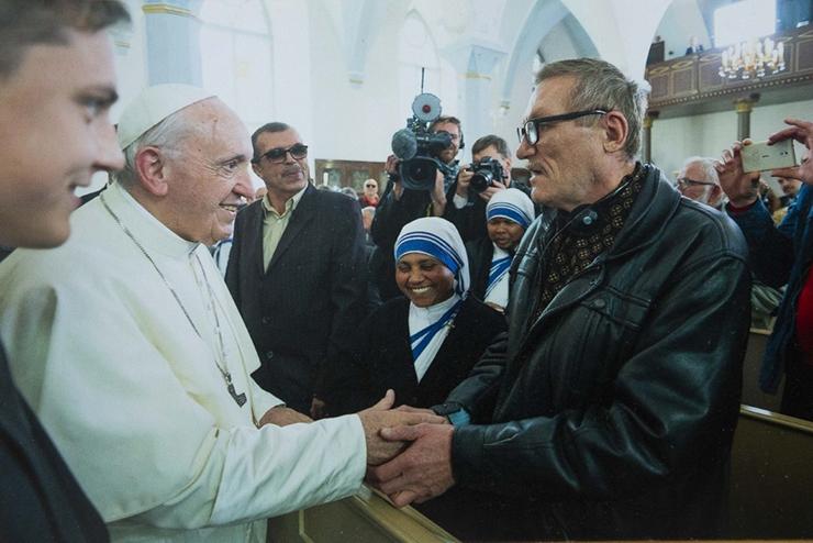 ABI NÕRGEMATELE: Kohtumine paavstiga viis kodutu teistele supikööki appi