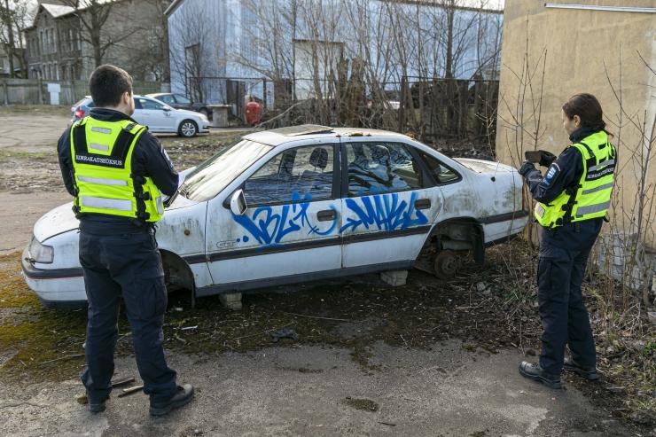 """TUHANDED VRAKID: Nö surnud autosid tekitavad inimeste ihnsus, lohakus, koroonaviirus ja Leedu """"autotööstus"""""""