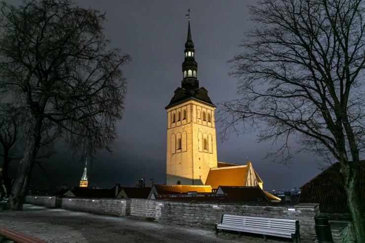 Kirikud jätkavad koguduseelu nii veebi kui ka paberi abil